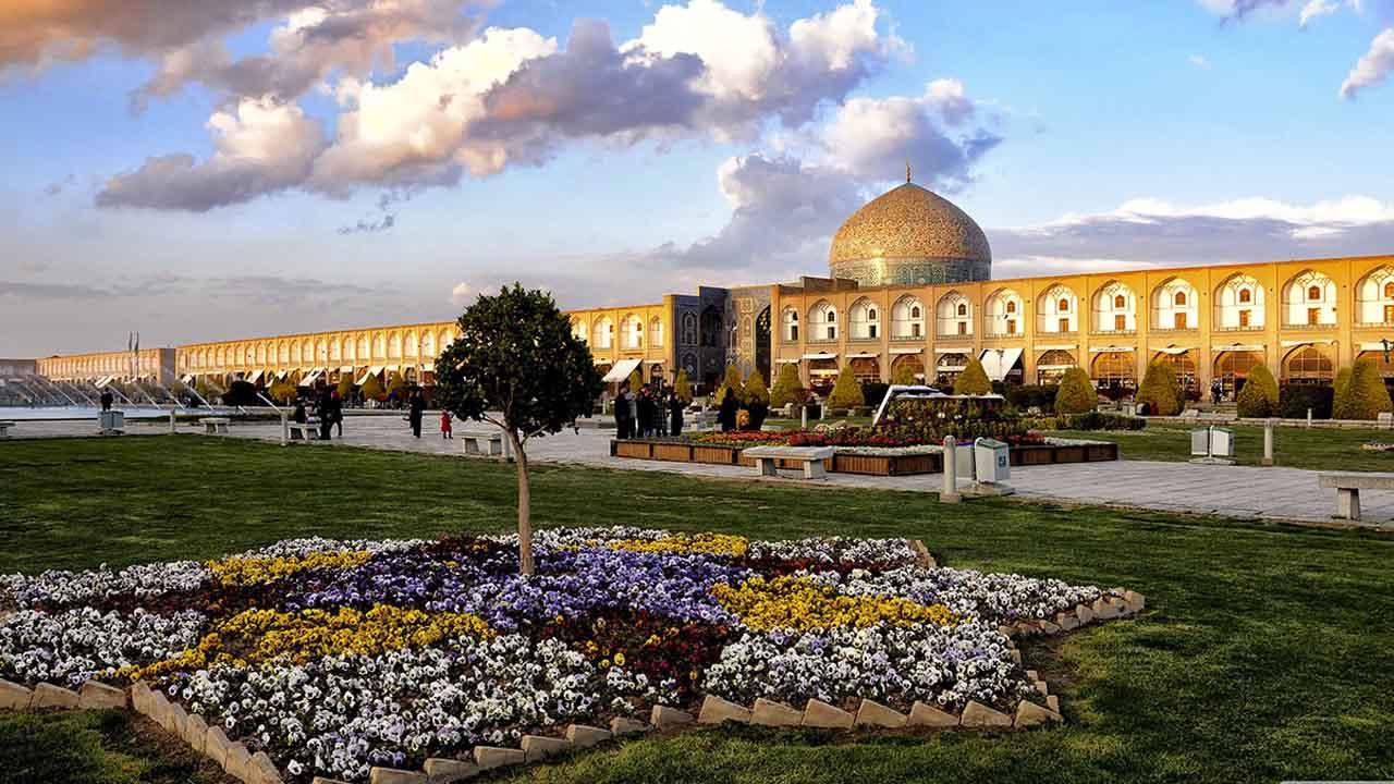 Naqshe Jahan Square - Isfahan