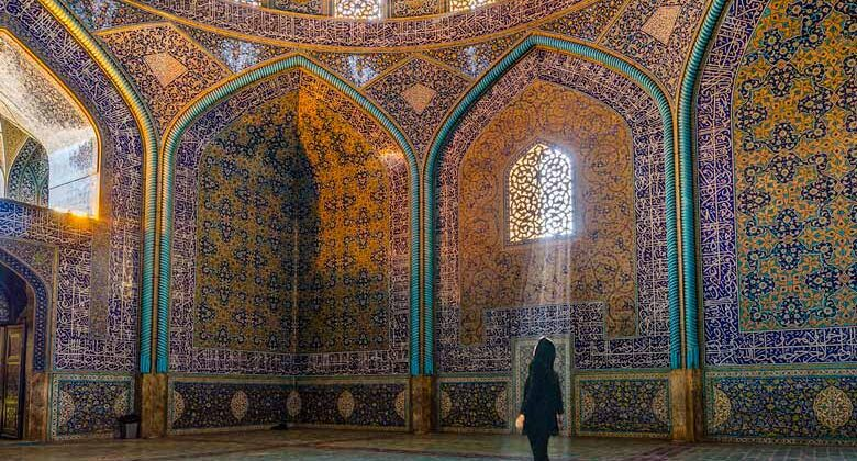 Sheikh Lotfollah mosque - Isfahan - Iran Tour