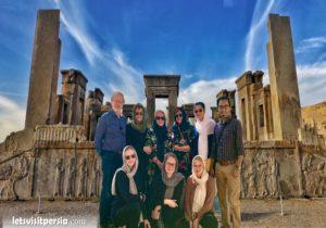 Persepolis tour Necropolis